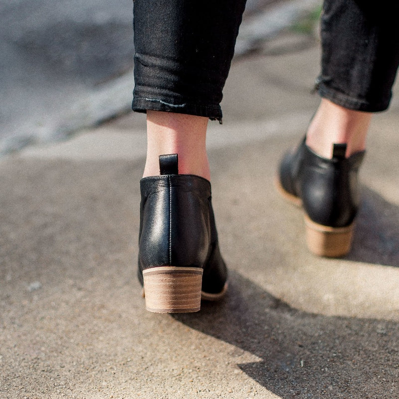 Middleton back view, black leather ankle booties | Charleston Shoe Company