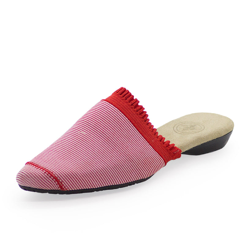 red shoes, red closed toe shoes, red womens shoes | Charleston Shoe Company