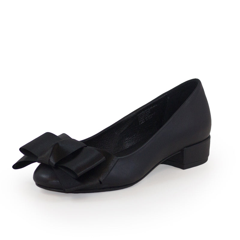 Charlotte Bow, womens black shoe | Charleston Shoe Company