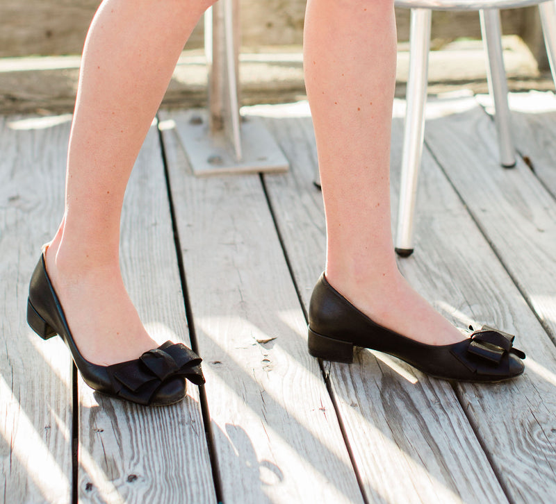 Charlotte Bow, shoe with bow | Charleston Shoe Company