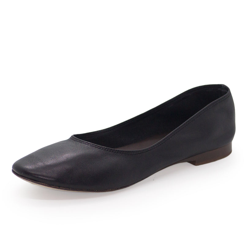Jilly, black leather shoes | Charleston Shoe Company