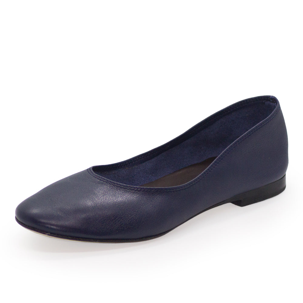 Jilly, navy womens shoes | Charleston Shoe Company