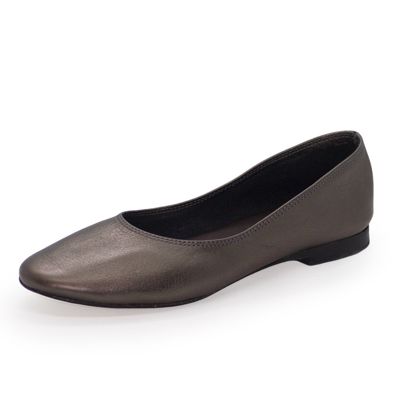 Jilly, black leather flats, womens flats black, ballet flats | Charleston Shoe Company