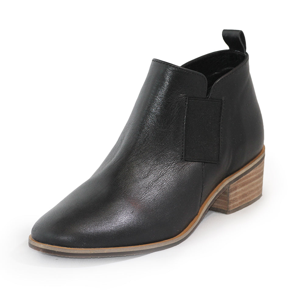 Middleton, womens boots, black boots | Charleston Shoe Company