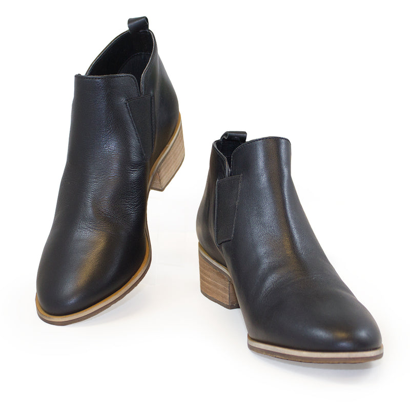 Middleton, black leather ankle boots | Charleston Shoe Company