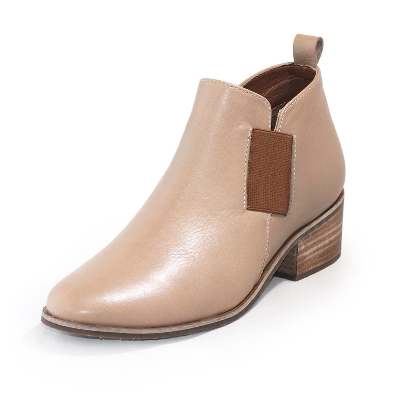 Middleton, tan leather ankle bootie | Charleston Shoe Company