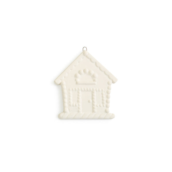 Our popular Gingerbread House is now a Flat Ornament! Accented with candy and other exquisite details, this Christmas ornament would make a wondertul housewarming gift, hostess gift, or gift tag.