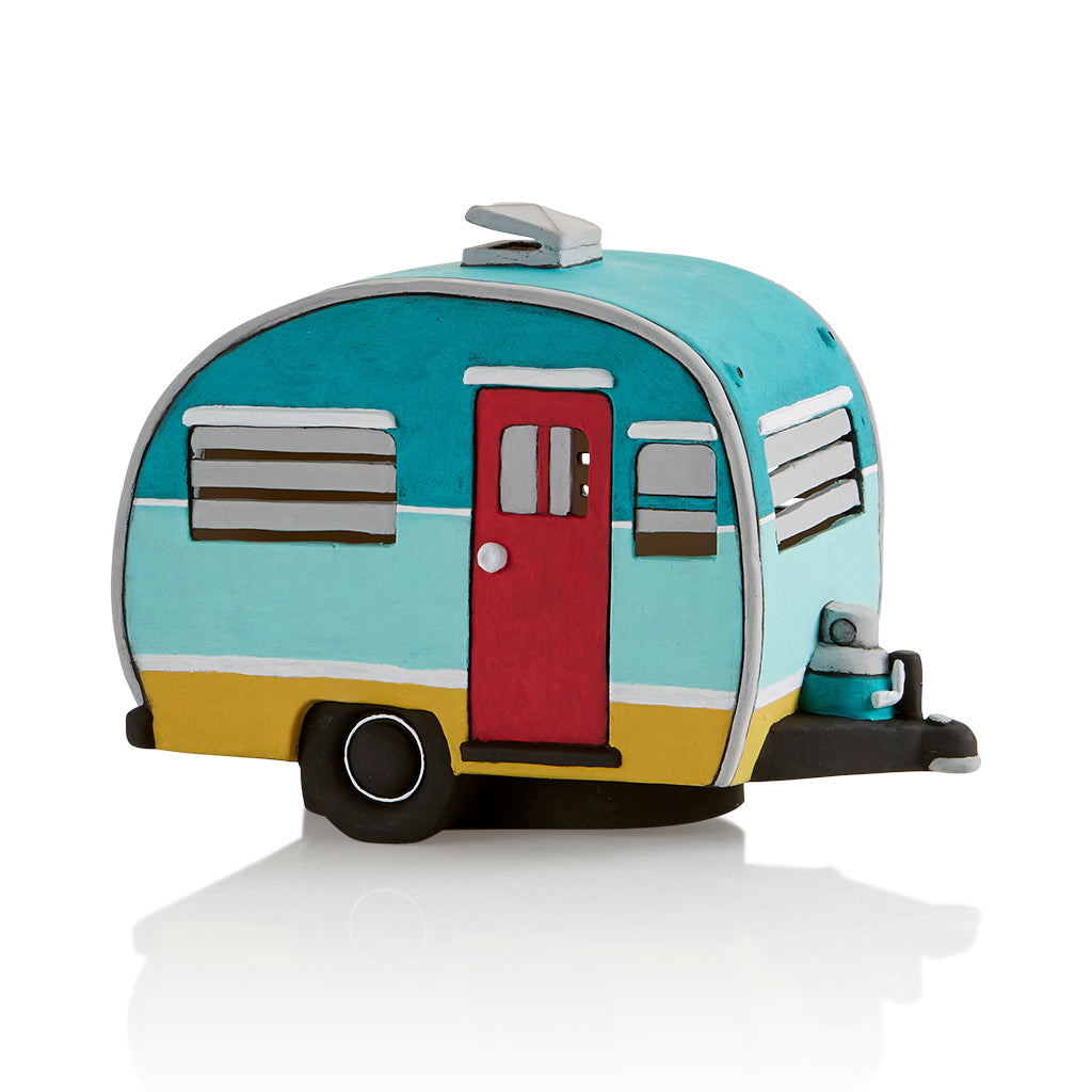 Feeling glampy and a bit retro? Embrace the wonder of the woods with our adorable Vintage Camper Light-Up! Our vintage camper will draw you in and excite you with all its detail!  Jalousie windows and a trailer hitch are just a few of the fun features on this piece! Have fun painting it and display it on a shelf or table. Light it up for some extra ambiance  - light kit included!