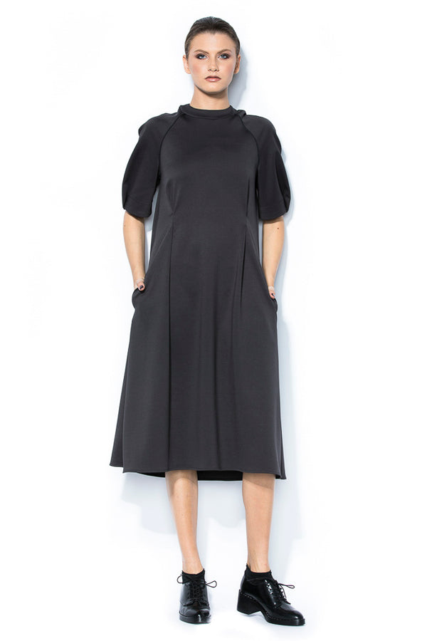 Midi dress with puff sleeves