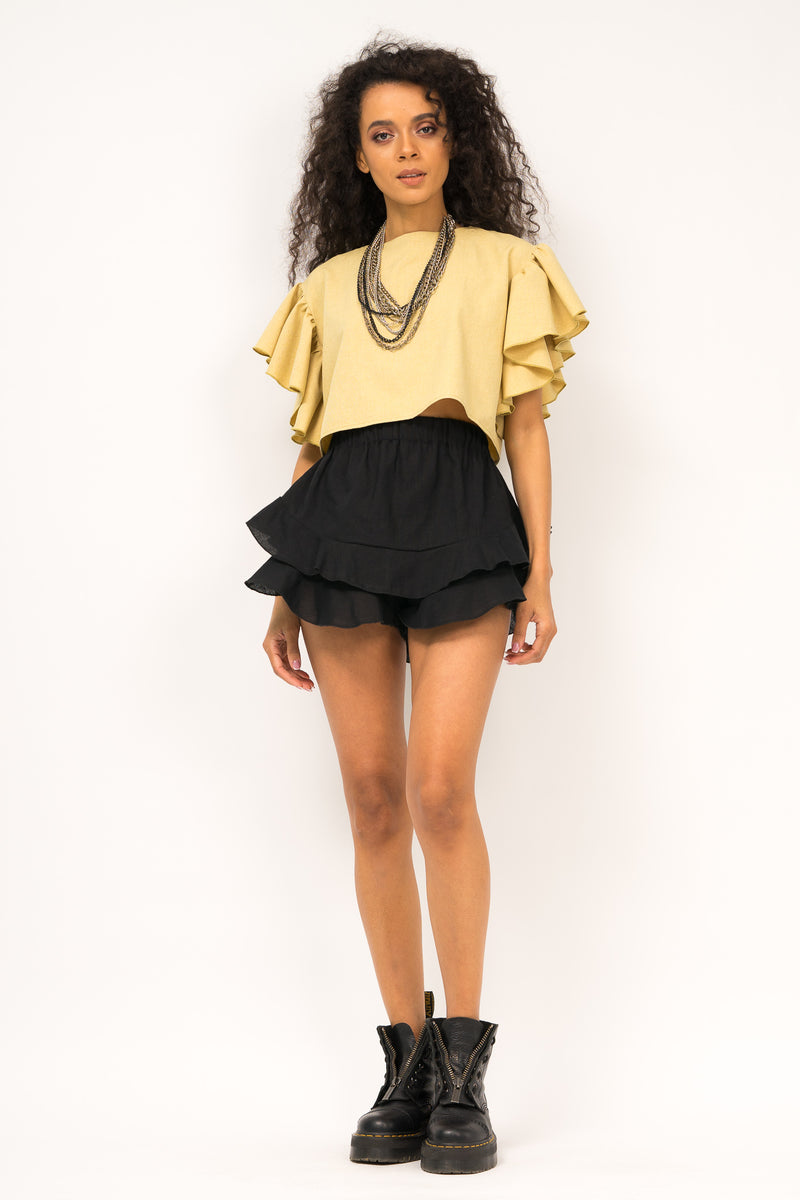 Cropped top with ruffle and elastic band