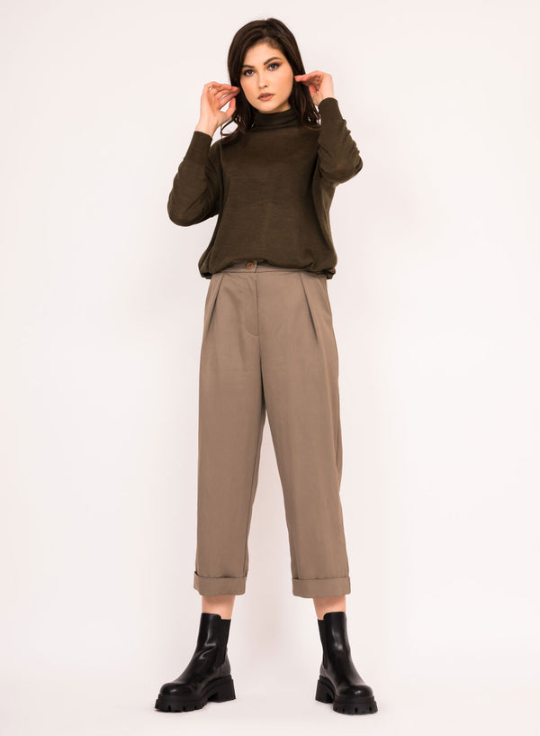 Cropped straight pants