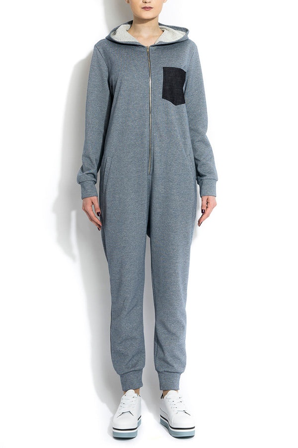 ANDROGYNY WOMAN BLUE JUMPSUIT