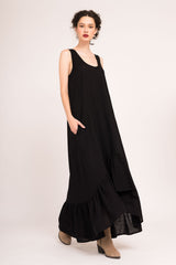 Maxi sleveless dress with flounce