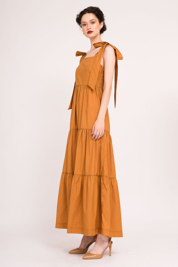 Maxi dress with oversized ribbons