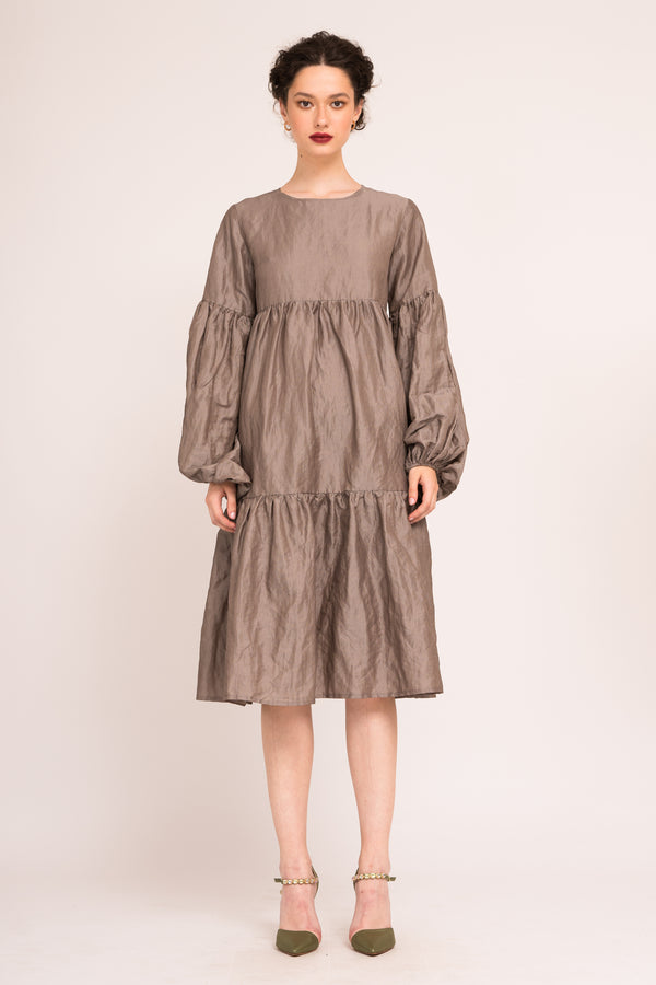 MIdi shift dress with ruffles and puffed sleeves