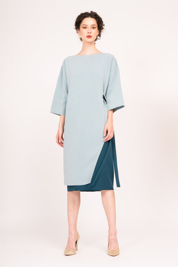 Two toned  loose dress with side tie