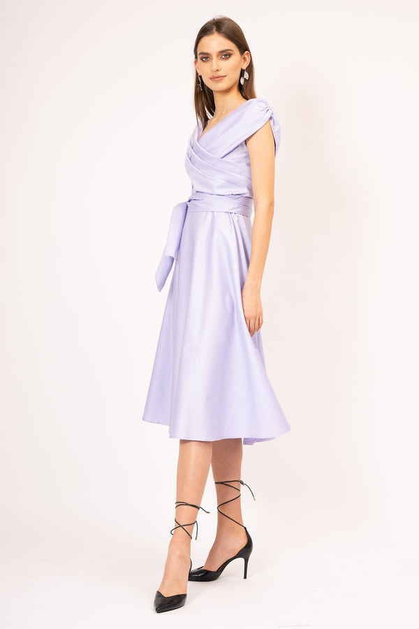 Midi dress with folds