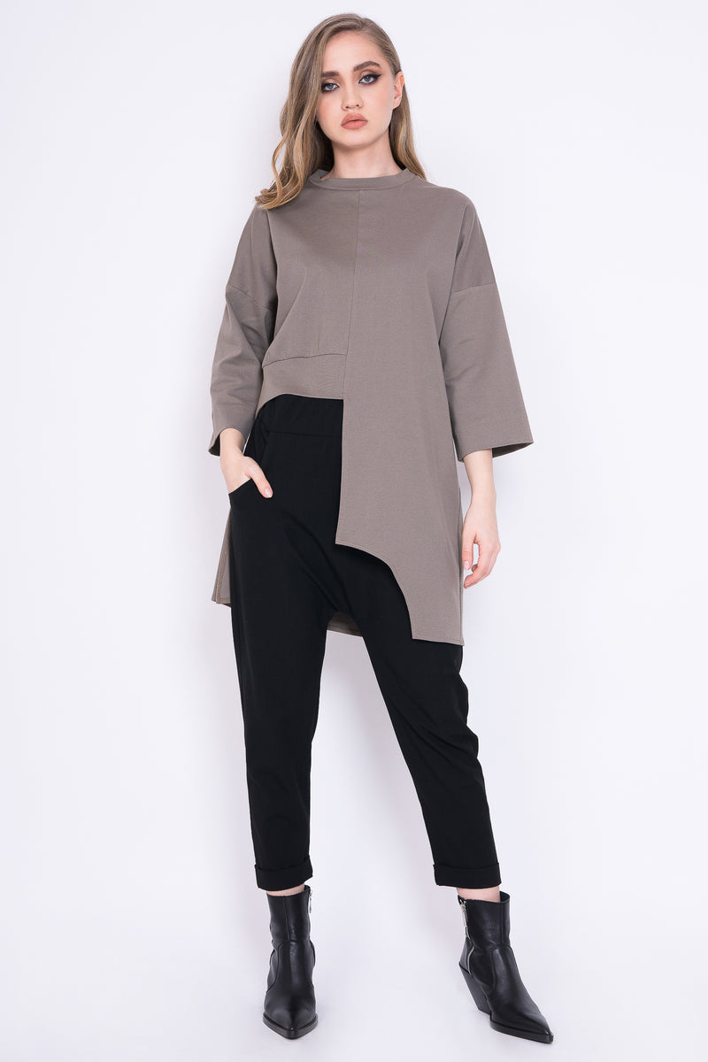ASYMMETRIC BLOUSE WITH 3/4 SLEEVES AND GEOMETRIC CUTS