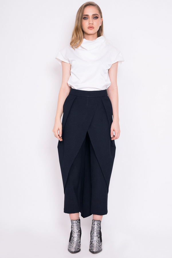 Wrap-around navy trousers with back zipper