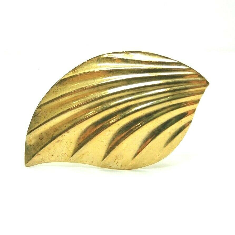 Leaf Shape Gold Tone Scarf Clip ~ Vintage Fashion Costume Jewelry - fazoom