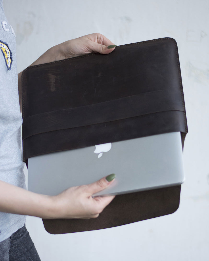 Practical And Stylish MacBook Case