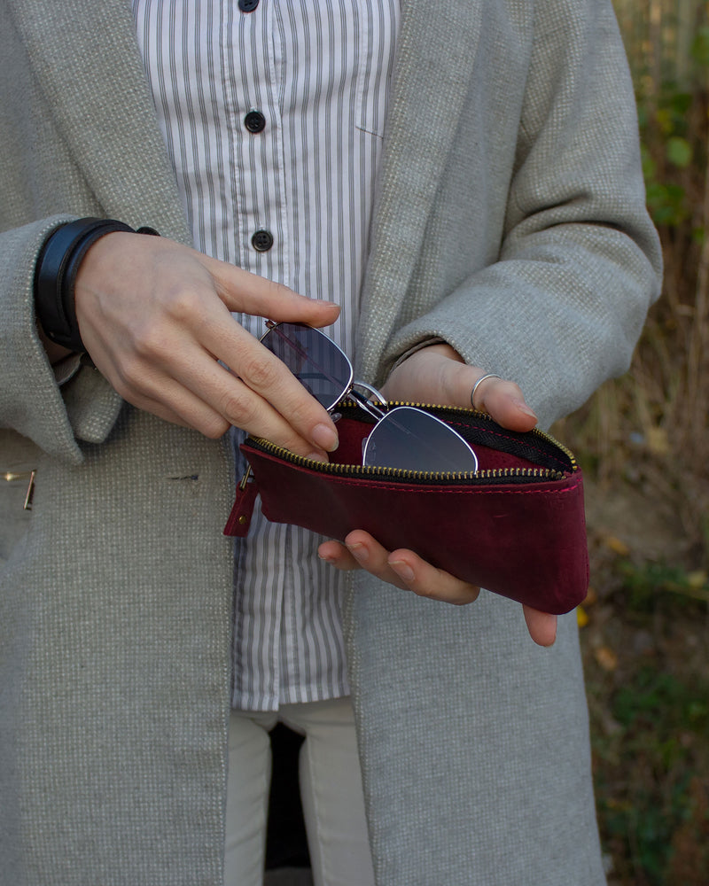 Compact Leather Glasses Case On Zipper