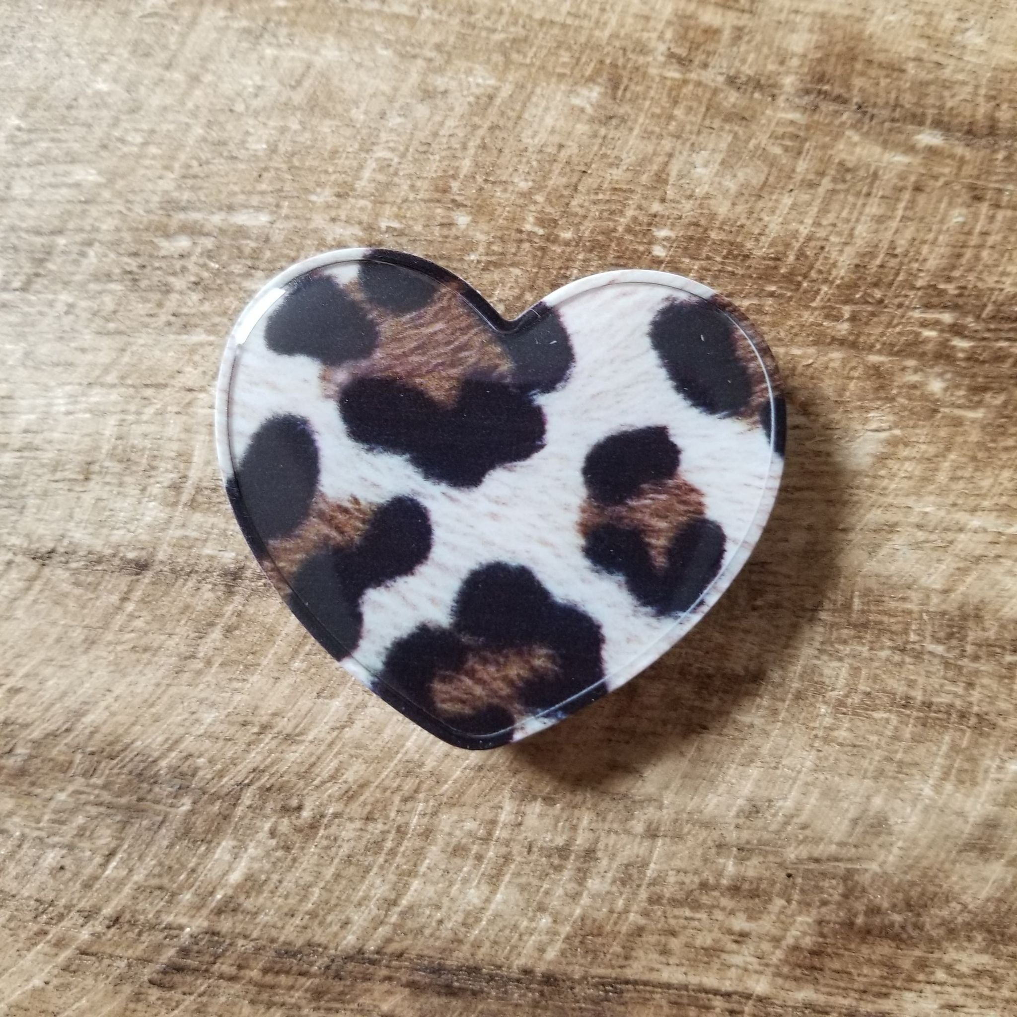 Leopard Heart Phone Grips