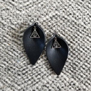 Deathly Hallows Black Petals