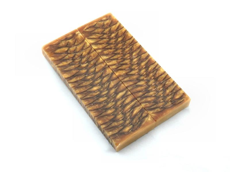 Resined Pine Cone - Jantz Supply