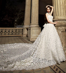 Saudi Arabia Luxury Wedding Dresses Hollow Embroidery Cathedral Train Beads Sexy Wedding Dress 2019 Robe De Mariee Bridal Gown