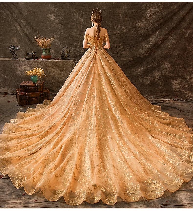 Luxury court retro trailing ceremony high-end private custom Royal Wedding Dress Maternity Dress beaded tassel Bride Gown Bridal