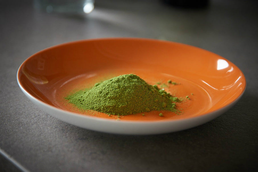 Drop that extra weight with moringa, your new favorite superfood!