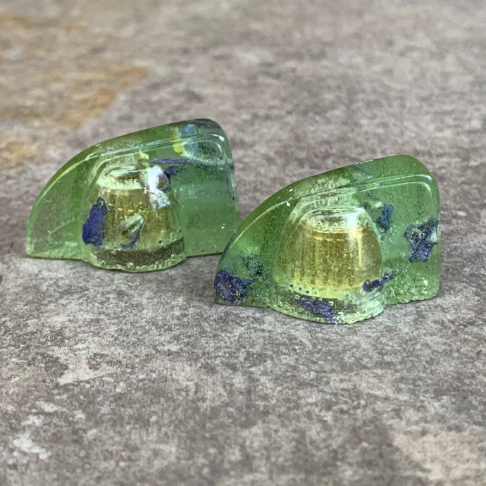 Deco-Wedge Knob with Set Screw - Set of 2 in Sea Glass and Petals