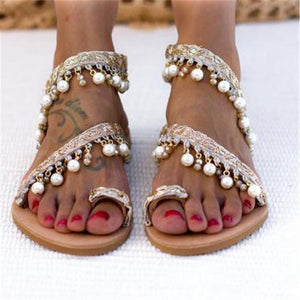 Fashion Toed Pearls Decorated Beach Flat Sandal
