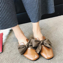 Load image into Gallery viewer, Fashion Square Head Bowknot Flat Bottom Slippers