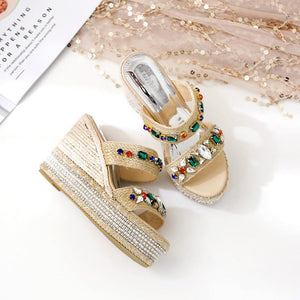 Fashion Open-Toed Water Drill Slope Heel Thick Soled Sandal