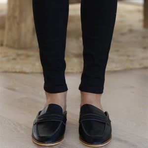 Daily Square Toed Plain Leather Sandal