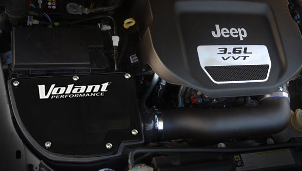 2012-2018 Jeep Wrangler JK 3.6L V6 Closed Box Air Intake