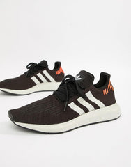 Adidas Swift Runs