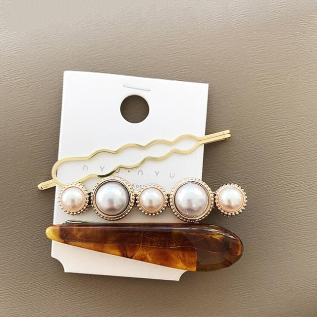 1 Set Hair Clips Gold & pearl range of styles - Disney Voguette