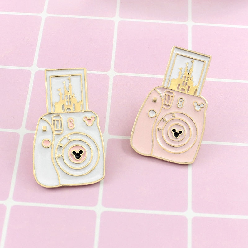 Polaroid Cute Castle Camera Fashion Brooch Pin - Disney Voguette
