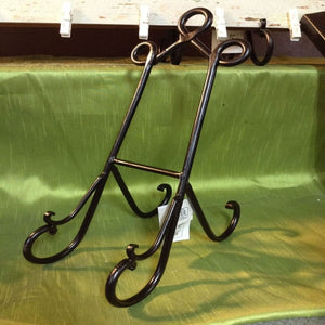 "15"" Metal Easel with Black Finish"