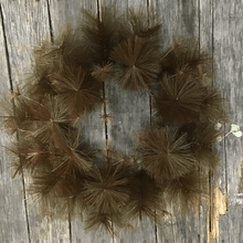 "24"" Round Fluff Wreath- 42 Tips - Coffee"