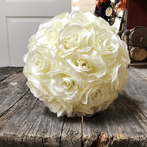 "9"" Cream Rose Ball"