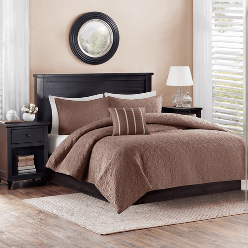Better Homes and Gardens 4 Piece King Quilt Set Chocolate