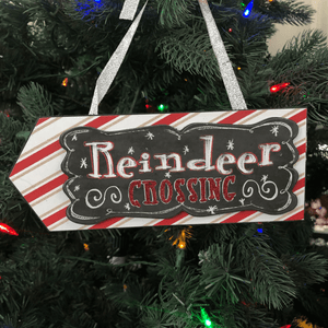 Layered Arrow Ornament- Reindeer Crossing