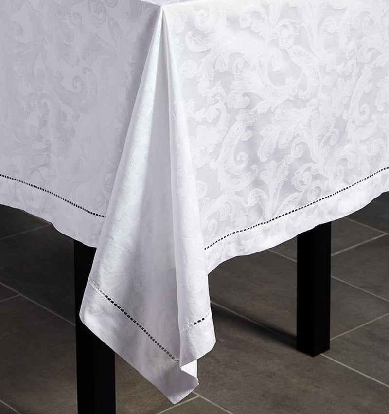 Acanthus Tablecloth