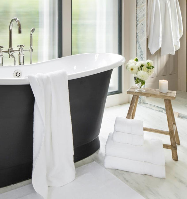 The soft, plush, and absorbent Bello Tub Mat. Shop the luxury SFERRA Bath Rug and Tub Mat Collection.