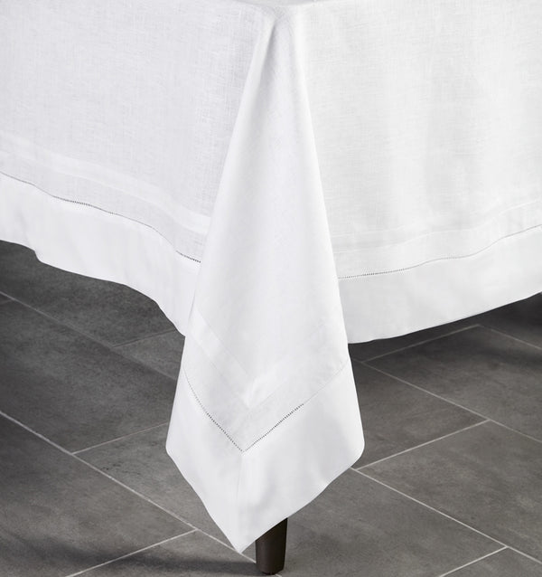 Tipton Tablecloth