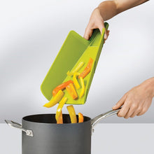 Load image into Gallery viewer, Plastic Non-slip Folding Cutting Board